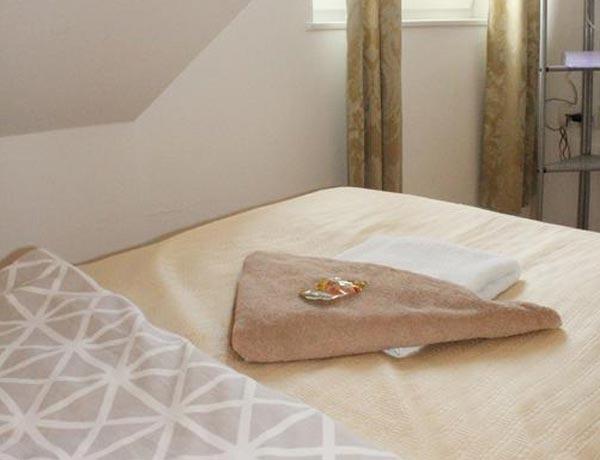 hotel-murat-dvoposteljna-soba-ptuj-slovenija-2