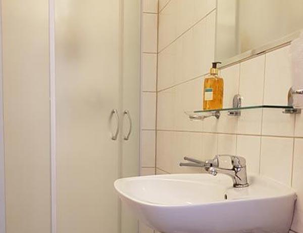 hotel-murat-slovenija-slovenia-hotels-ptuj-petovio-ptuj-Slowenien-rezervacija-apartma-2