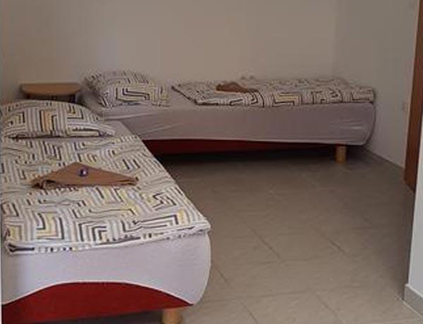 hotel-murat-slovenija-slovenia-hotels-ptuj-petovio-ptuj-Slowenien-rezervacija-apartma-4